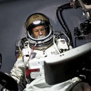 Felix Baumgartner nella sua navicella