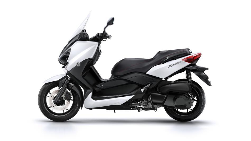 2015-Yamaha-X-MAX-250-ABS-EU-Absolute-White-Studio-006