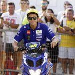 Rossi-paddock